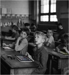 élèves à tablette